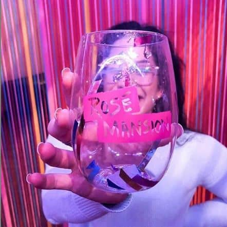 Rosé Mansion Glass